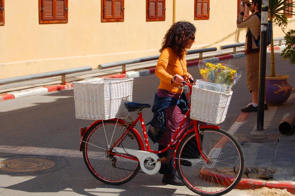 אופניים בנווה צדק תל אביב - תמונות בחינם ללקוחות Webfocus