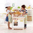 HAPE מטבח מעץ לילדים E3100