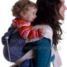 נשיאת גב במנשא תינוקות