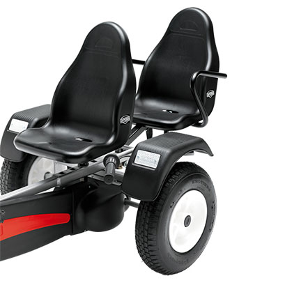 מושב שחור לנוסע נוסף למכונית פדלים ברג