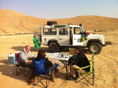 טיולי מדבר,טיולי ג'יפים, נרוונה במדבר,פריסה במדבר