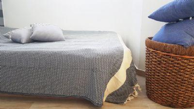 שמיכה גדולה דגם כוורת