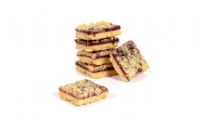 עוגיות לינזר פירות יער ושטרוייזל
