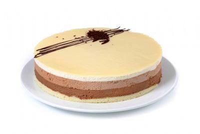 עוגת יום הולדת מוס טריקולד