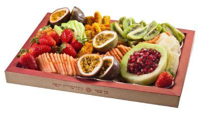 מגש אירוח פירות טריים