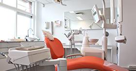 עקירת שן כירורגית