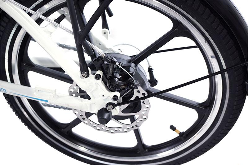 אופניים חשמליים בטיחותיים