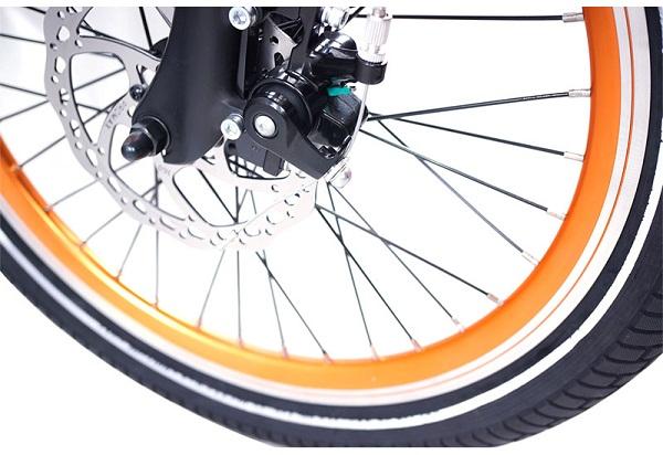 אופניים חשמליים לנוער