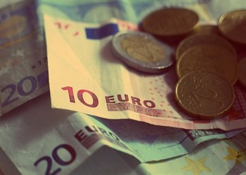 מזומן עבור קבלת הלוואות לגמלאים