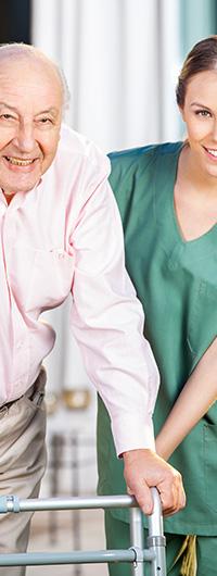 מטפל עבור קשיש