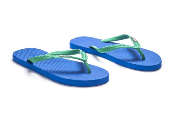 Flat // כחול ירוק