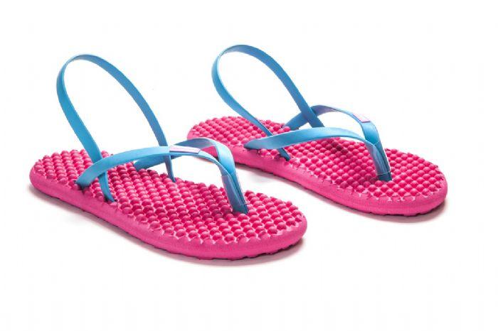 bumpers sandals // ורוד כחול