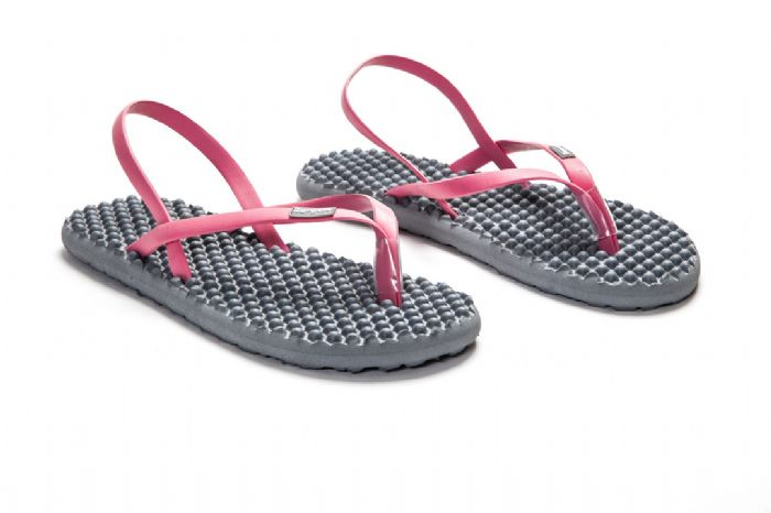 bumpers sandals // אפור ורוד