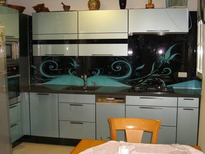 חיפוי זכוכית למטבח דוגמא-9694 שחור וטורקיז.