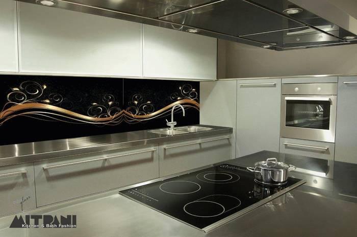 חיפוי זכוכית למטבח דוגמא-30 שחור זהב.