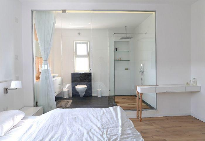 master bedrum מחיצות בין חדרי שינה-עבודות זכוכית בהתאמה בבית .ניתן לשלוח מידות להצעות מחיר.