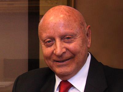 """עורך-דין ד""""ר פנחס זלצר"""
