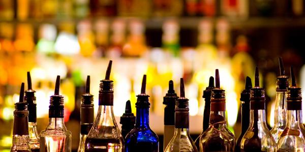 בר אלכוהולי / אקטיבי