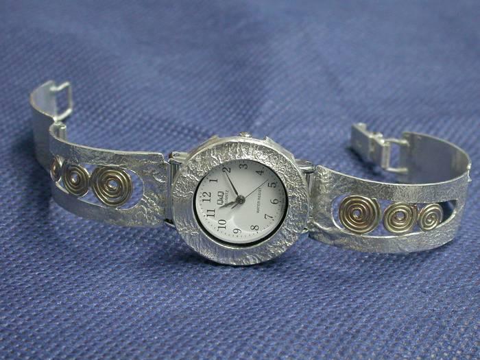 שעון שבלולים+זהב