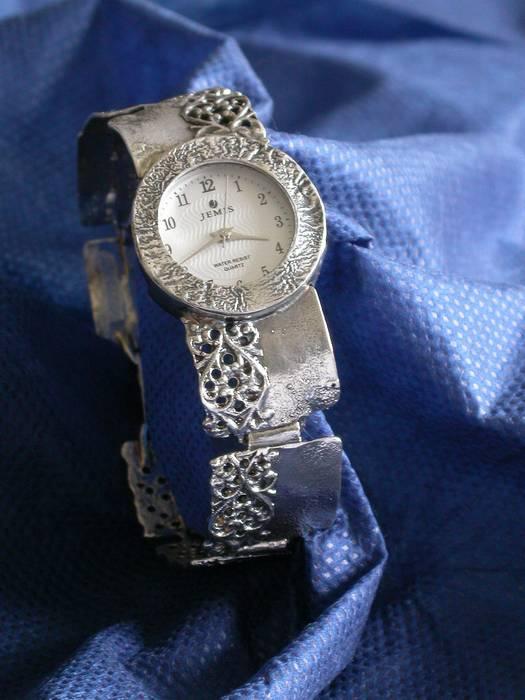 שעון רבועי פיליגרן