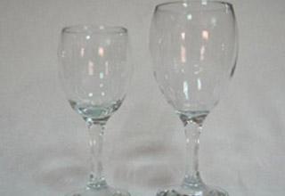 כוס יין גדולה / כוס יין קטנה - מכירה והשכרה