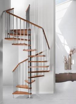 מדרגות פנים וחוץ מעץ ומתכת - צוות גדרון