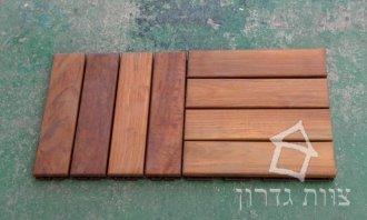 אריחי דק מעץ טיק - צוות גדרון