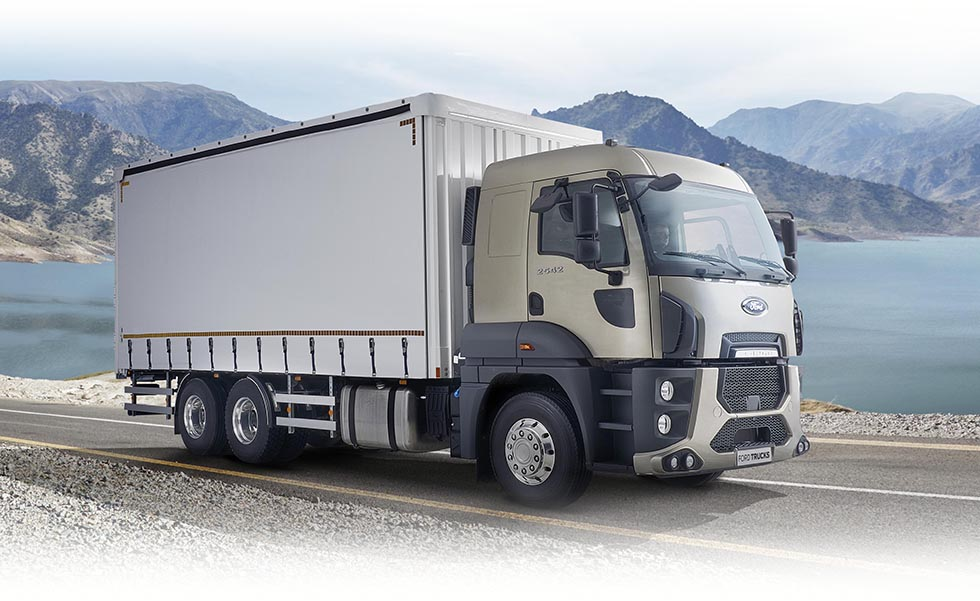 תמונת משאית פורד בנסיעה