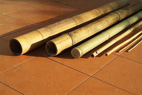 """מוט בקוטר 40-45 (סיני) מ""""מ, אורך 4.0 מטר"""