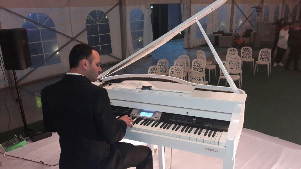 נגן פסנתר