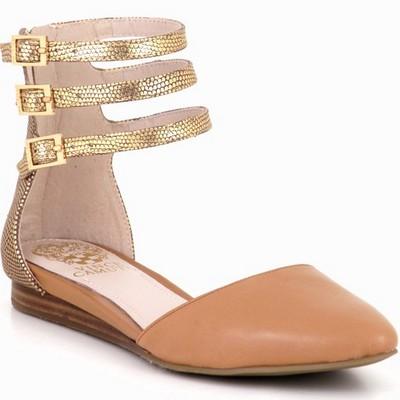 נעלי נשים וינס קמוטו וויג'י חום קאמל