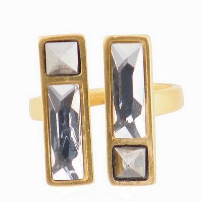 טבעת מקבילים קריסטלים לבנים הגר סתת