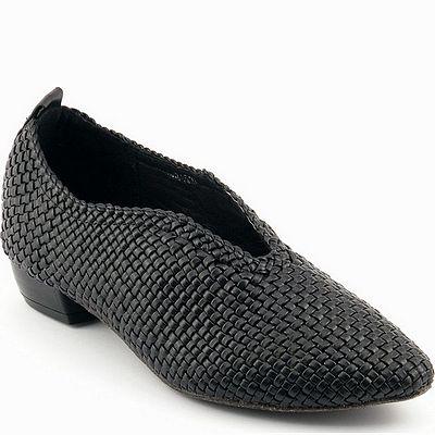 נעליים לנשים גויה הילבוי קלוע שחור