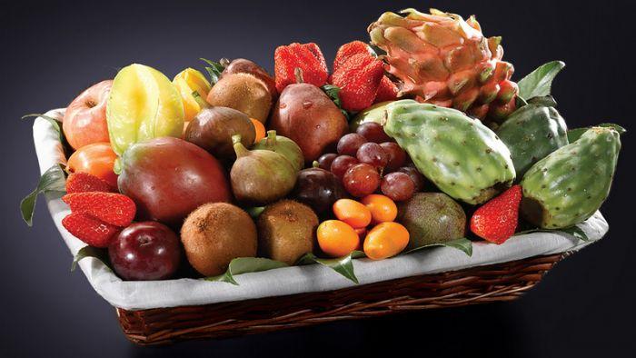 סלסלת פירות - קסם מלוא הטנא-פירות שלמים