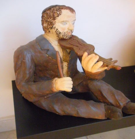 כלייזמר - לובוב קונין - פסלת