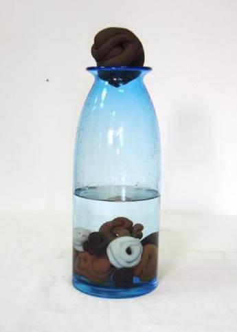 דמויות בבקבוק - דניאל אבקסיס - פסל