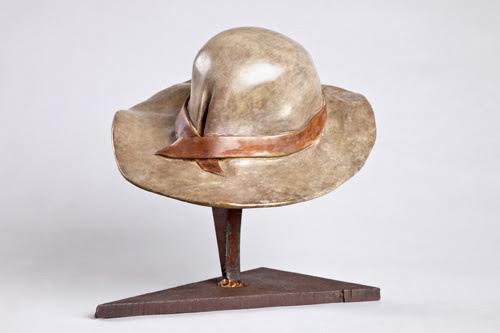 כובע - אניטה בירקנפלד - פסלת