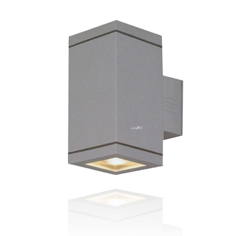 מנורת קיר מוגנת מים