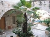 האכסניה הלותרנית- חצר פנימית